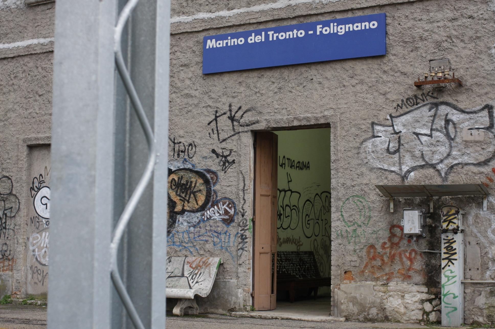 Fermata Marino - Folignano