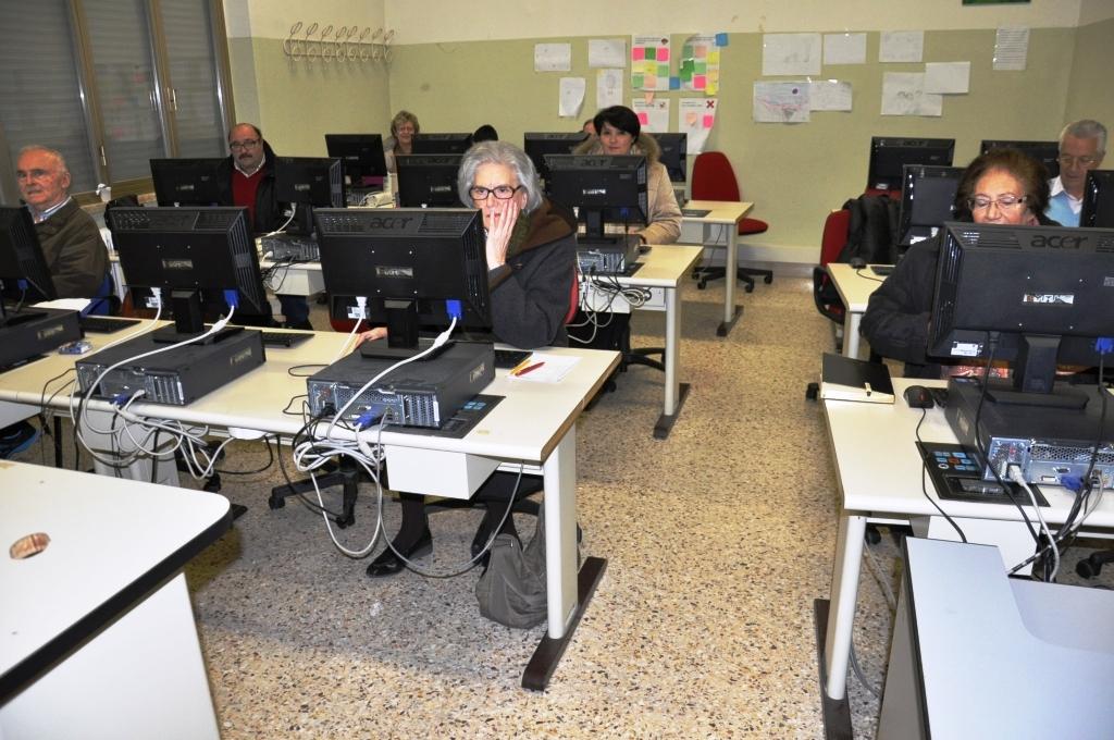 Corso Assistente familiare e informatica