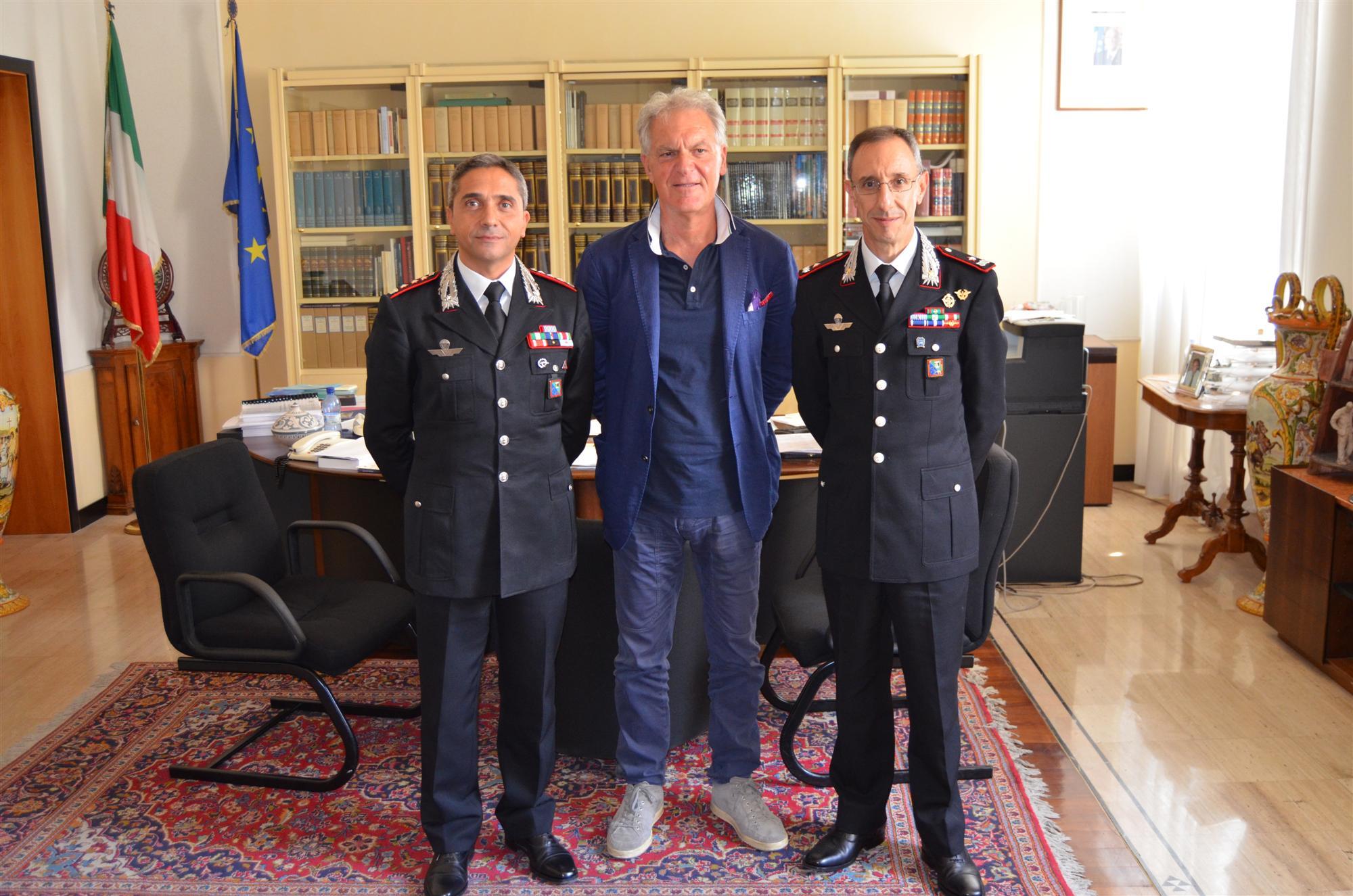 Incontro Comandante Legione CC Marche Mochi