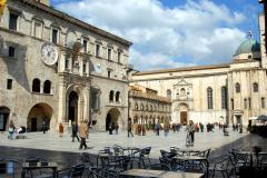 Ascoli Piceno - P.zza del Popolo