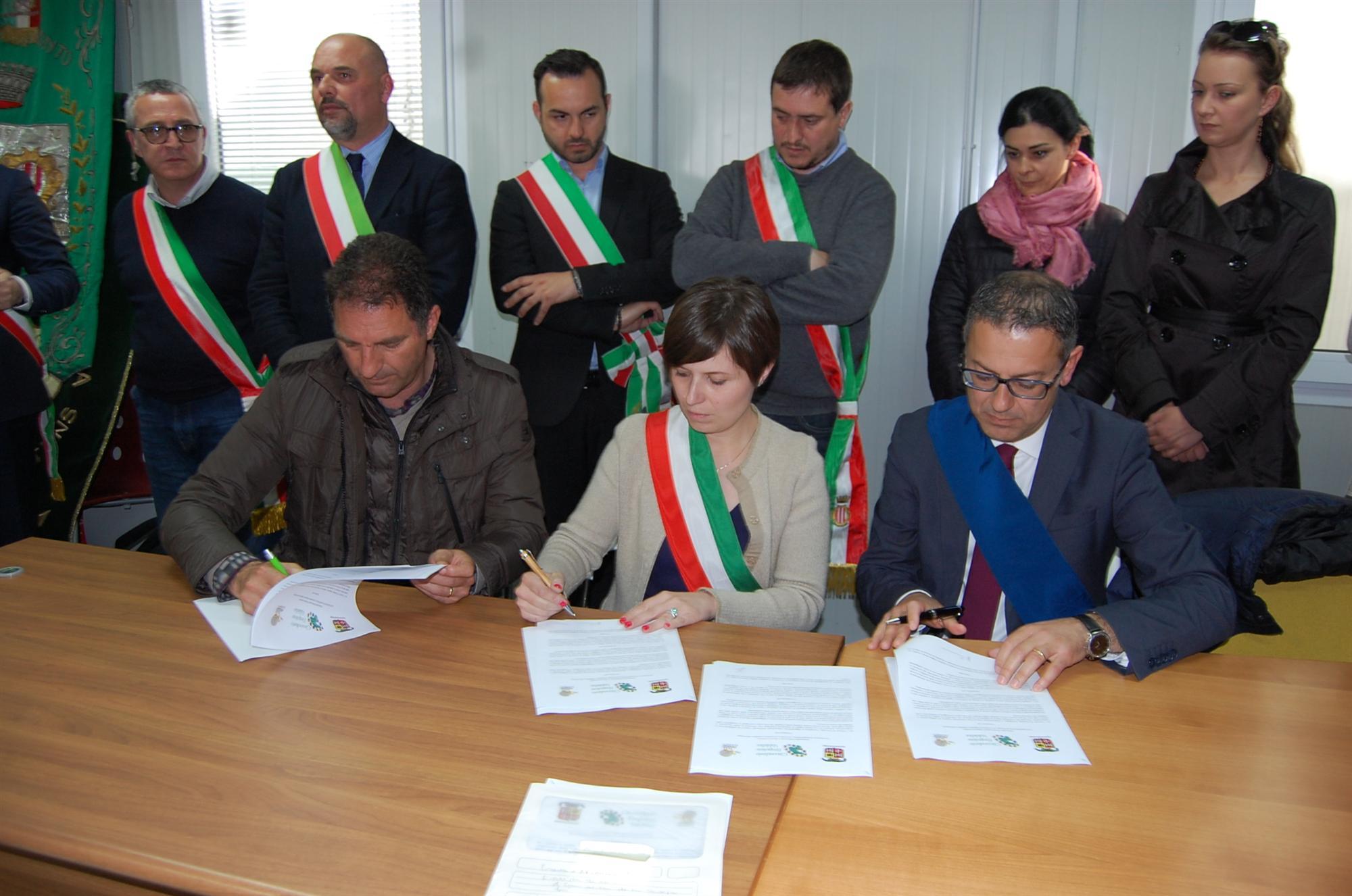 Firma Protocollo Circondario Empolese Valdelsa